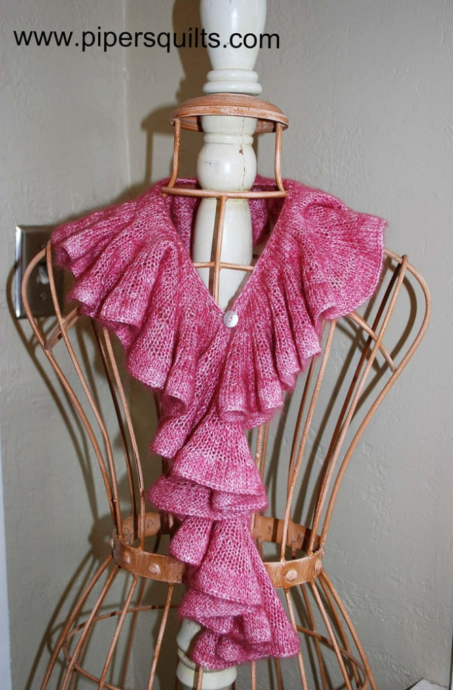 Free Pattern: Romantic Ruffle Scarf The Pipers Girls