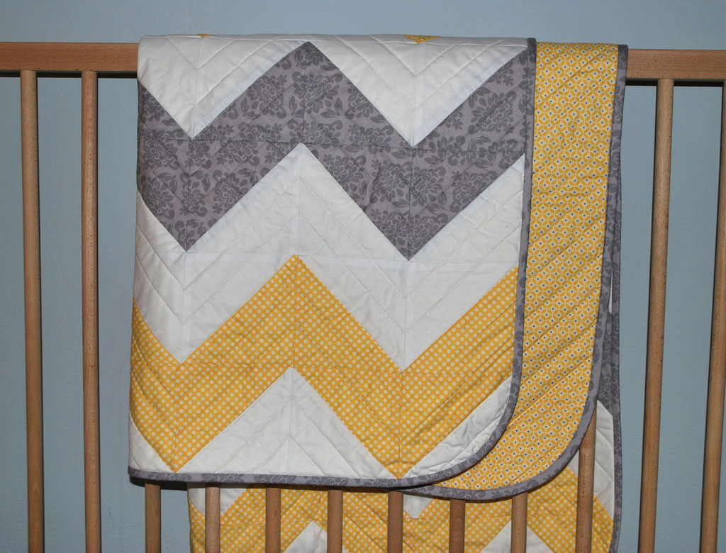 chevron baby quilt – The Piper's Girls : chevron quilt - Adamdwight.com