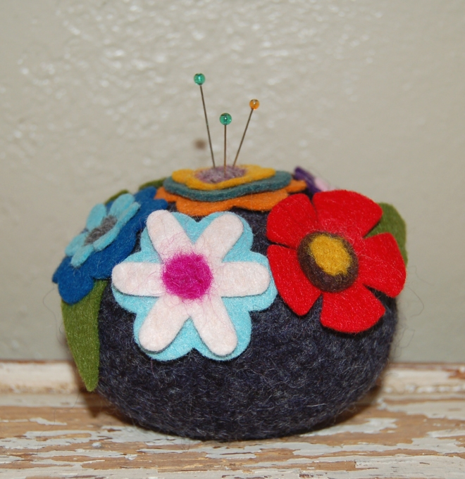 fabulous Flower Pin Cushion